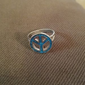 Peace sign ring (bundle 3 or more only)